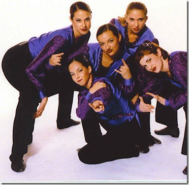 krissi dance team group