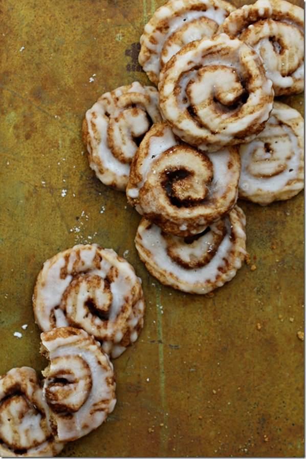 Cinnamon-Roll-Cookies_Bakers-Royale-1