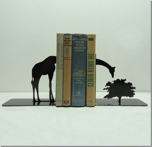 giraffebookends