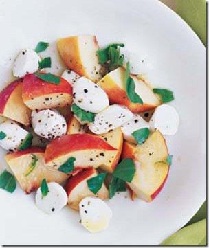 peach-mozzarella-basil