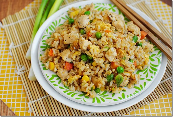 Easy Chicken Fried Rice #glutenfree | iowagirleats.com
