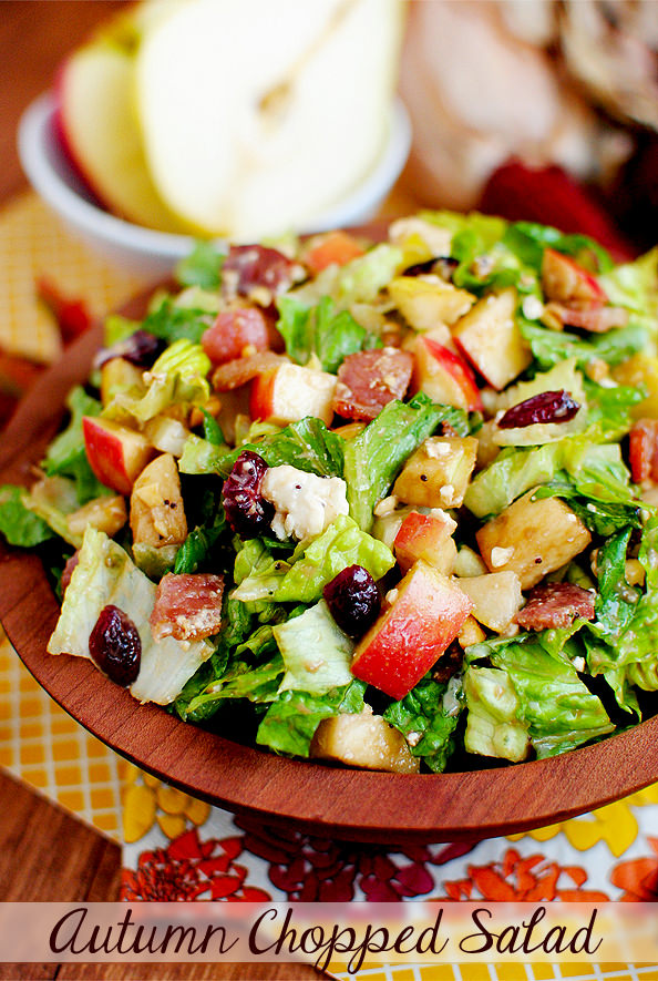 AutumnChopped Salad highlights pears, apples, roasted peanuts, and dried cranberries in this delicious and filling, fall salad recipe. | iowagirleats.com