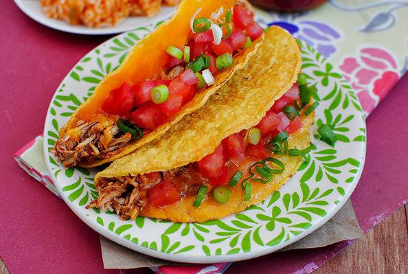 Photo of easy crock pot 3 ingredient chicken tacos
