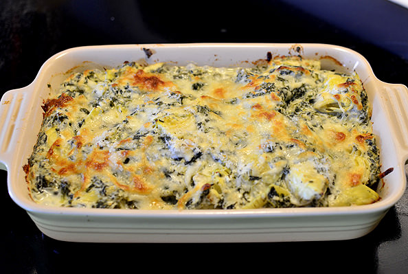 dip artichoke spinach dip hot spinach and artichoke dip cheesy baked ...