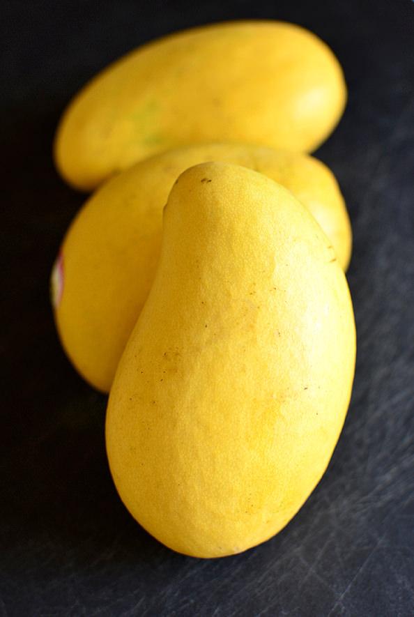 Cashew Chicken Mango Salad | iowagirleats.com