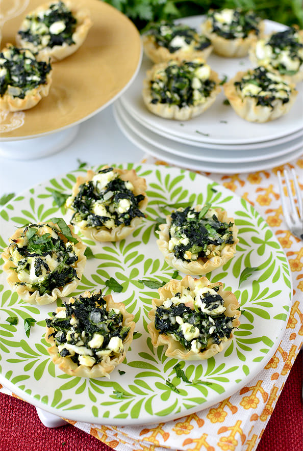 Easy Spanakopita Bites. Great for baby or bridal showers! | iowagirleats.com