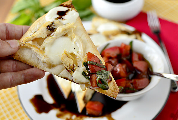 Caprese Chicken Nachos with Marinated Tomatoes and Balsamic Reduction | iowagirleats.com