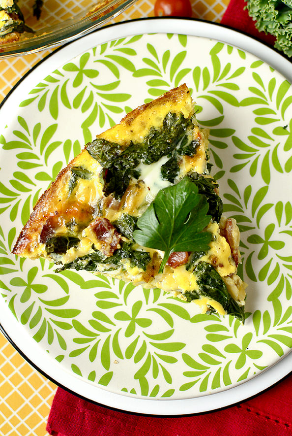 Kale and Bacon Quiche with Hash Brown Crust | iowagirleats.com