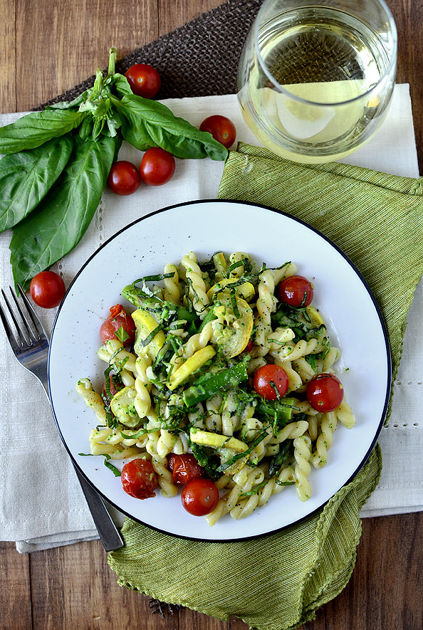 Pasta Primavera | iowagirleats.com