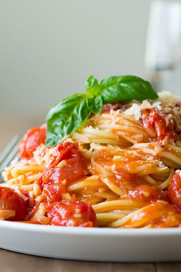 olive-oil-poached-cherry-tomato-sauce_mini
