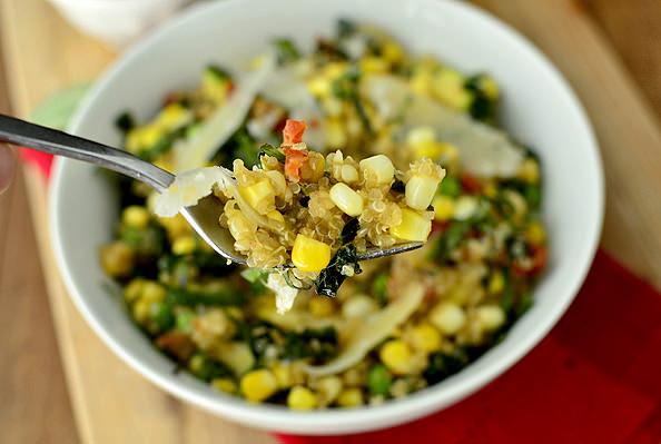 Easy Summer Quinoa using Farmers Market finds! | iowagirleats.com