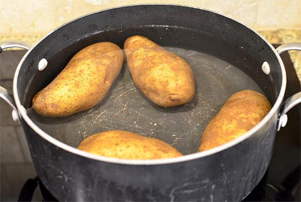 Moms Classic Potato Salad Recipe   iowagirleats.com