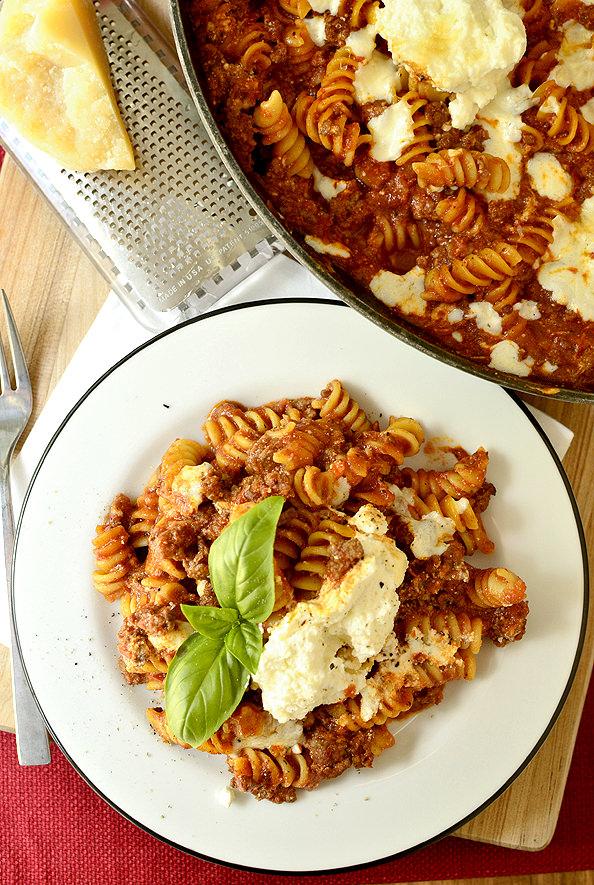 photo of plate and pan of skillet lasagna