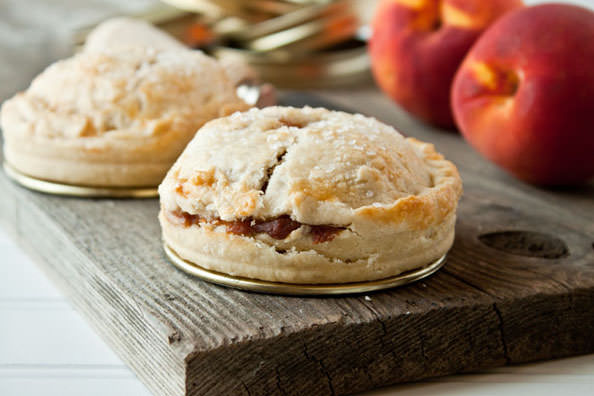 Mason-Jar-Lid-Pies-3_mini