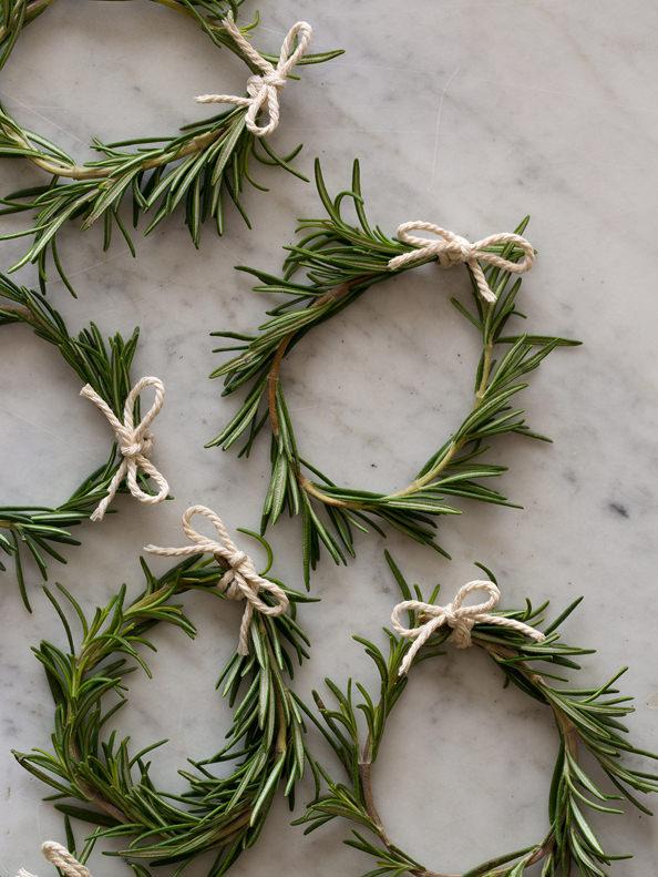 rosemary-wreaths-bows_mini