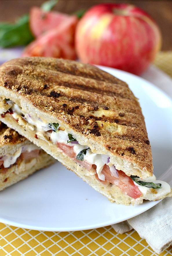 Copycat Panera Frontega Chicken Sandwich   iowagirleats.com