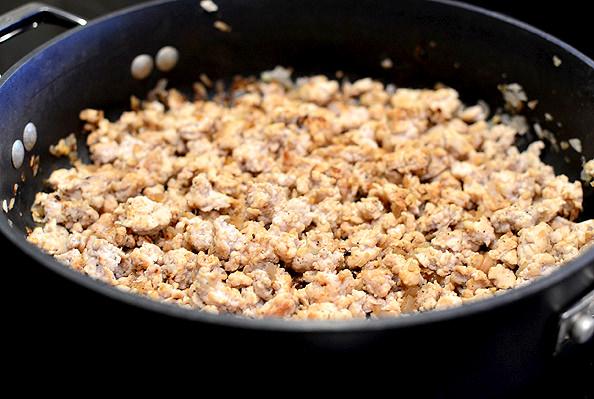Crock-Pot-Sweet-Potato-Quinoa-Turkey-Chili-06_mini