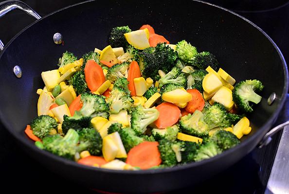 Chicken-and-Vegetable-Stir-Fry_iowagirleats.com_08_mini