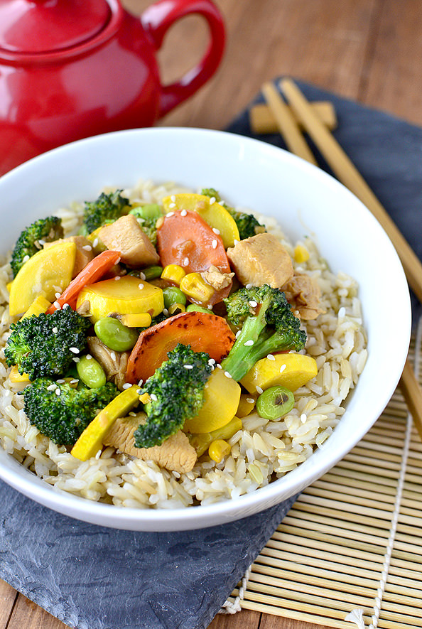 Chicken and Vegetable Stir Fry | iowagirleats.com