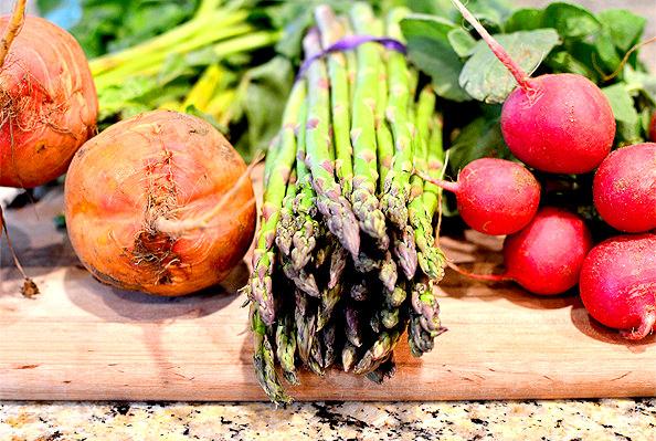 Roasted-Spring-Vegetable-Cobb-Salad-iowagirleats.com-07_mini