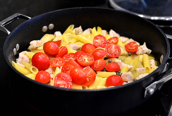 One-Pan Mediterranean Chicken Pasta is a quick, 30-minute meal gluten-free meal that's full of fresh flavor!   iowagirleats.com