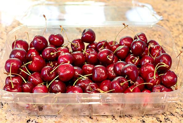 Cherry-Almond-Blue-Steak-Salad-iowagirleats-04_mini