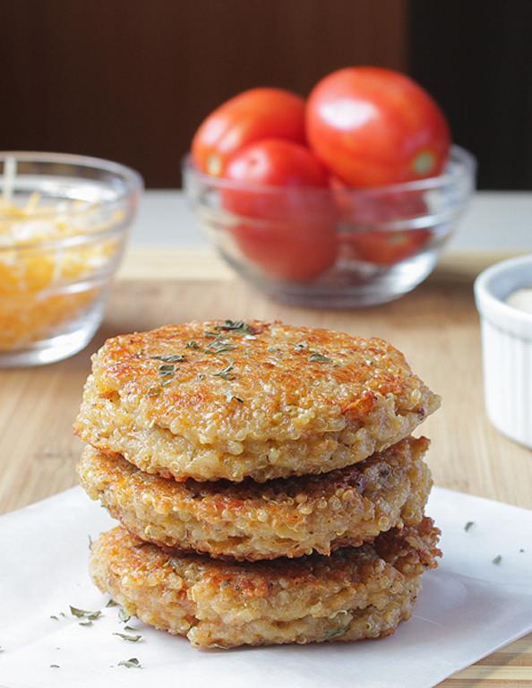 Quinoa-Burgers-3_mini