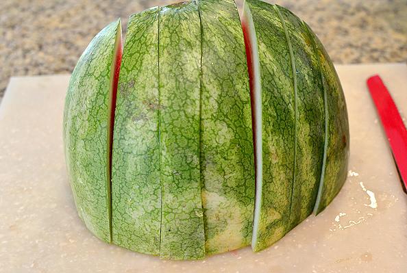 How To Cut a Watermelon | iowagirleats.com