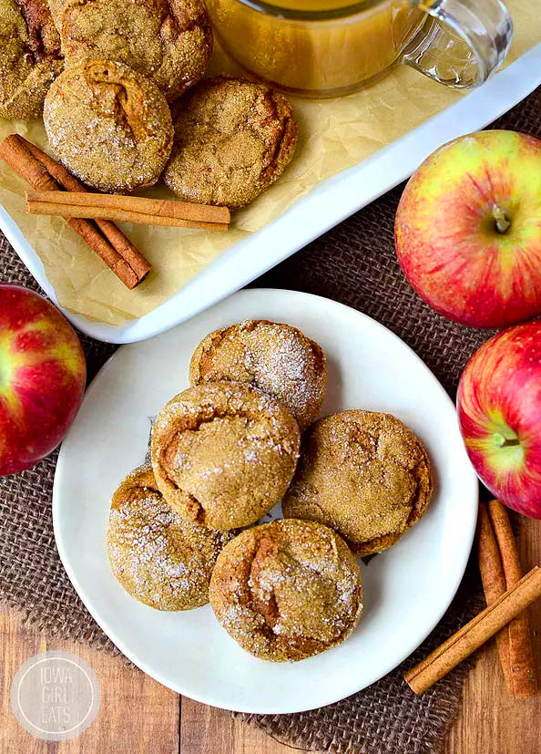 soft batch gingersnap cookies with apples and cinnamon sticks