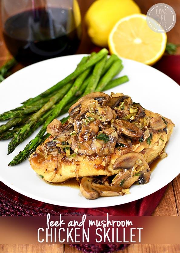 Leek and Mushroom Chicken Skillet #glutenfree | iowagirleats.com