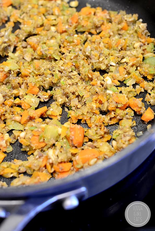 Shortcut-Vegetable-Ragu-iowagirleats-07