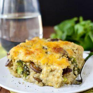 Cheesy Mushroom and Broccoli Quinoa Casserole