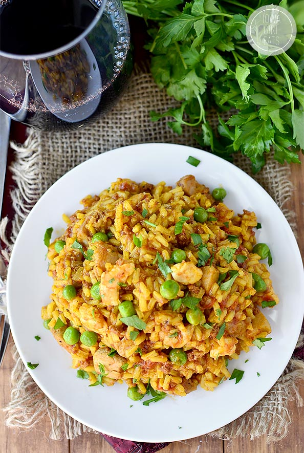Easy Chicken, Chorizo and Shrimp Paella #glutenfree   iowagirleats.com