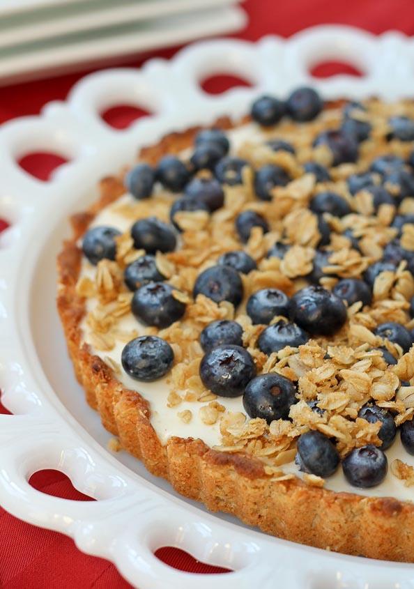 yogurt-tart-with-oat-crust