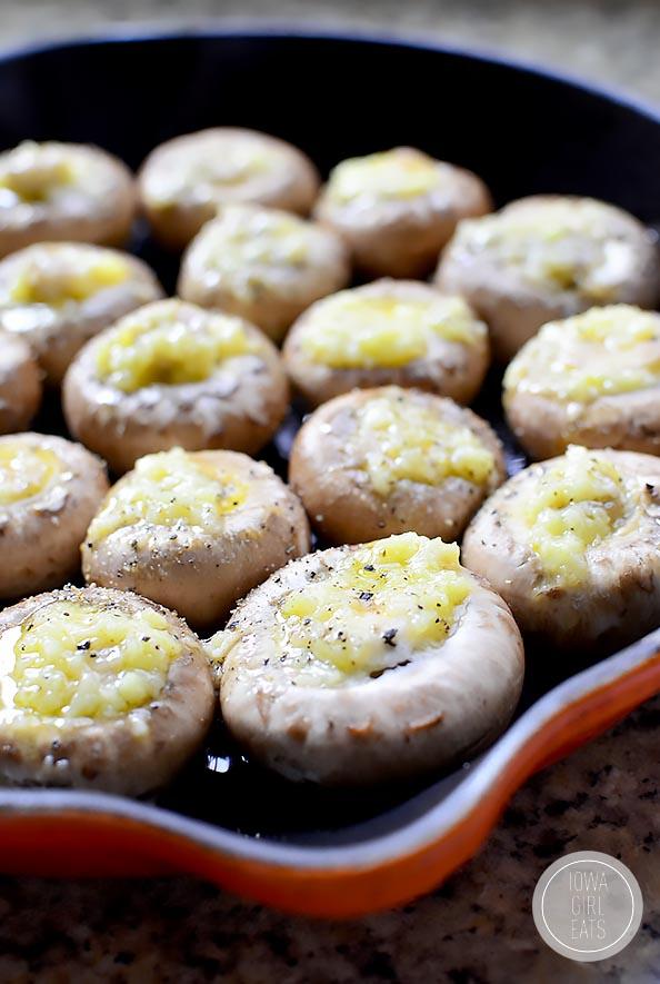Easy-Garlic-Butter-Roasted-Mushrooms-iowagirleats-08