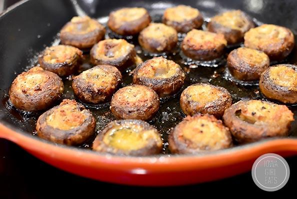 Easy-Garlic-Butter-Roasted-Mushrooms-iowagirleats-09