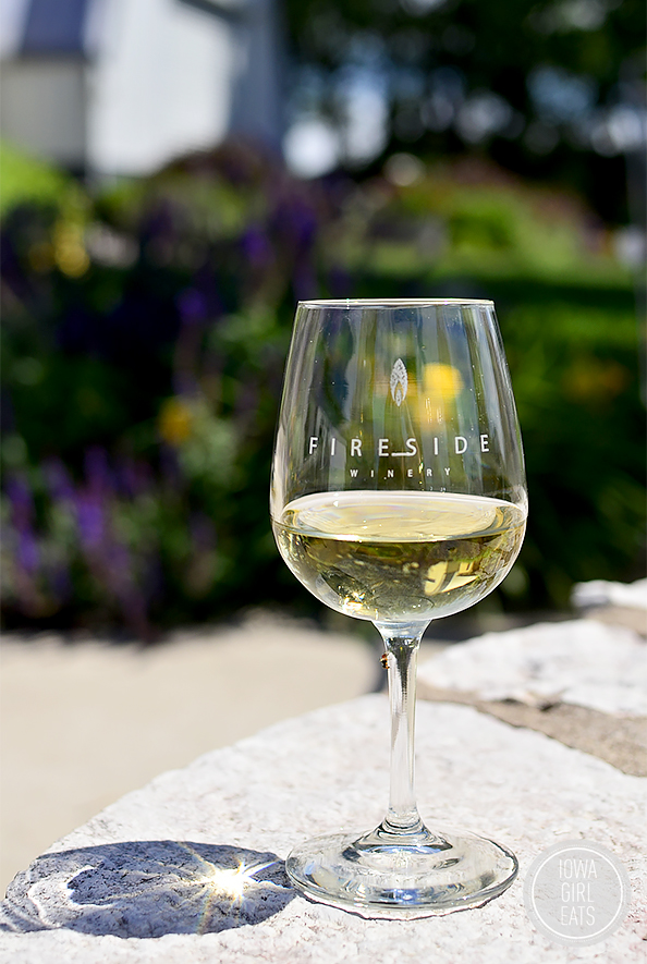 Fireside Winery Visit   iowagirleats.com