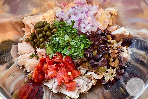 mediterranean-tuna-salad-iowagirleats-05