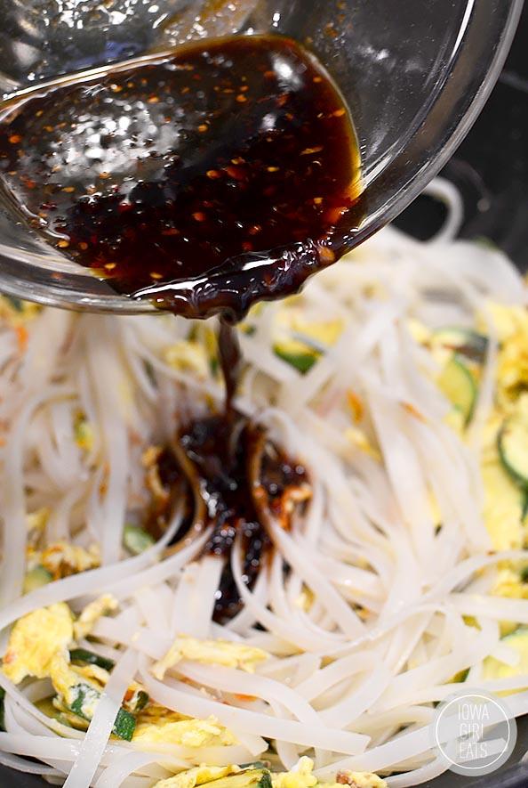 Asian-Noodle-Bowls-iowagirleats-09