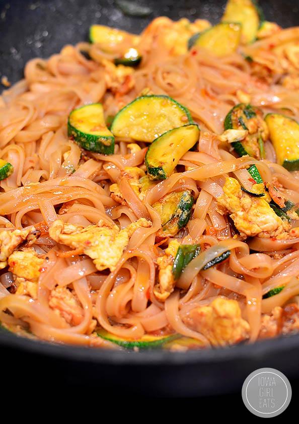 hot wok of asian noodles