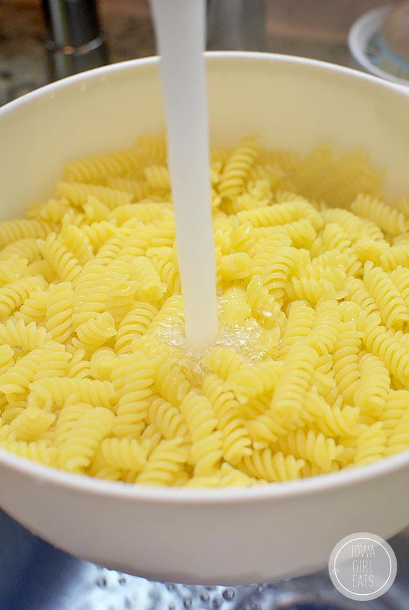 The-Best-Pasta-Salad-iowagirleats-05