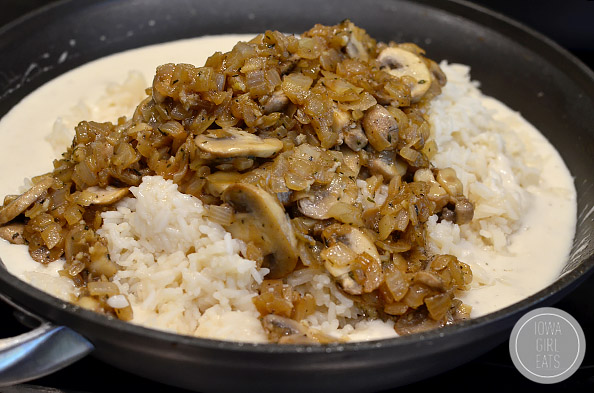 Creamy-French-Onion-Mushroom-Rice-Casserole-iowagirleats-10