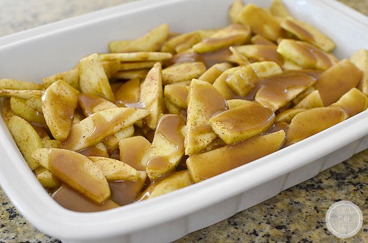 Caramel-Apple-Crisp-with-Easy-Caramel-Sauce-iowagirleats-09