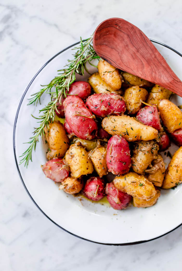 braised-fingerling-potatoes-with-shallots-garlic-and-fresh-herbs-FINAL-1-9