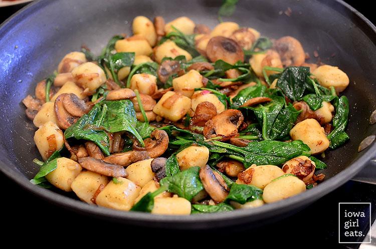 Gnocchi-with-Spinach-Mushrooms-and-Crispy-Prosciutto-iowagirleats-11
