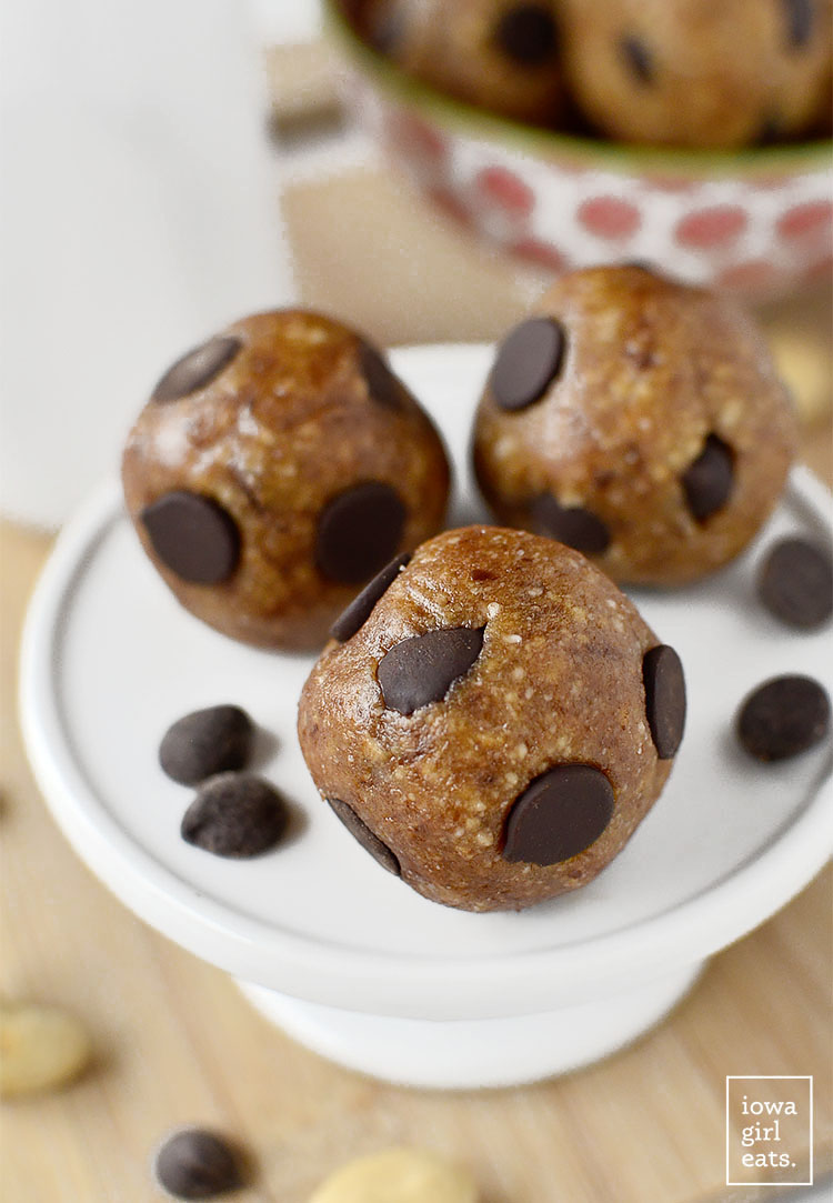 Chewy Chocolate Chip Cookie Dough Bites are little bites of Heaven - naturally sweetened, vegan, and gluten-free, these bites are the perfect cure for a sweet tooth! | iowagirleats.com