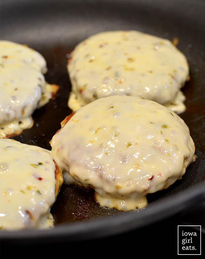 Chicken-Fajita-Cheeseburger-iowagirleats-08