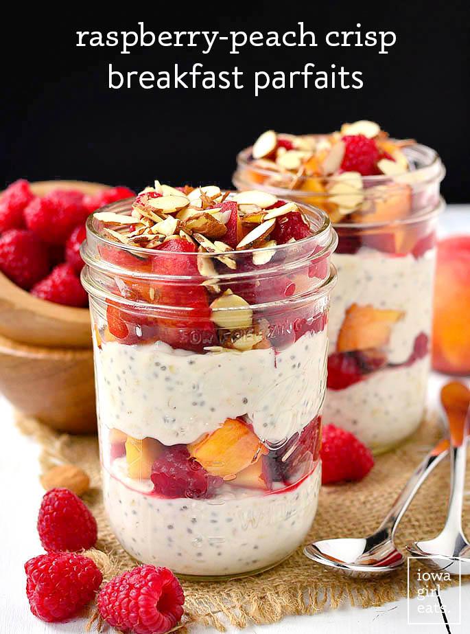 raspberry peach crisp breakfast parfaits in jars