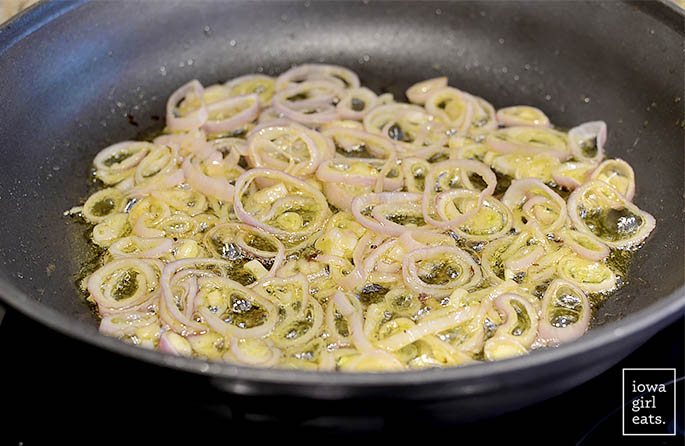Chicken-Bacon-and-Date-Quinoa-Power-Salad-iowagirleats-07