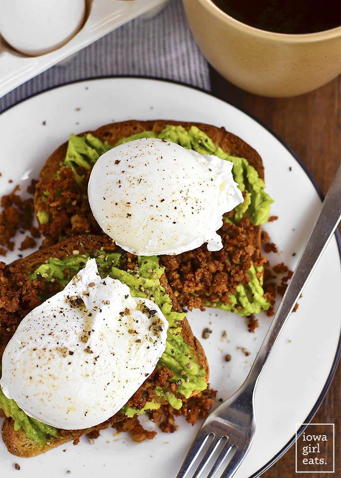 Egg-and-Chorizo-Avocado-Toast-iowagirleats-12